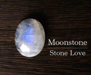 天然石 マクラメルース ムーンストーン1
